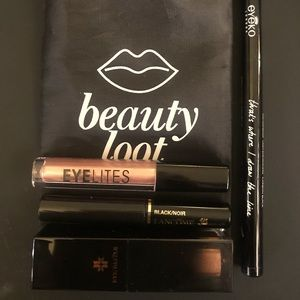 4 Piece Eye Bundle with Make-up Bag
